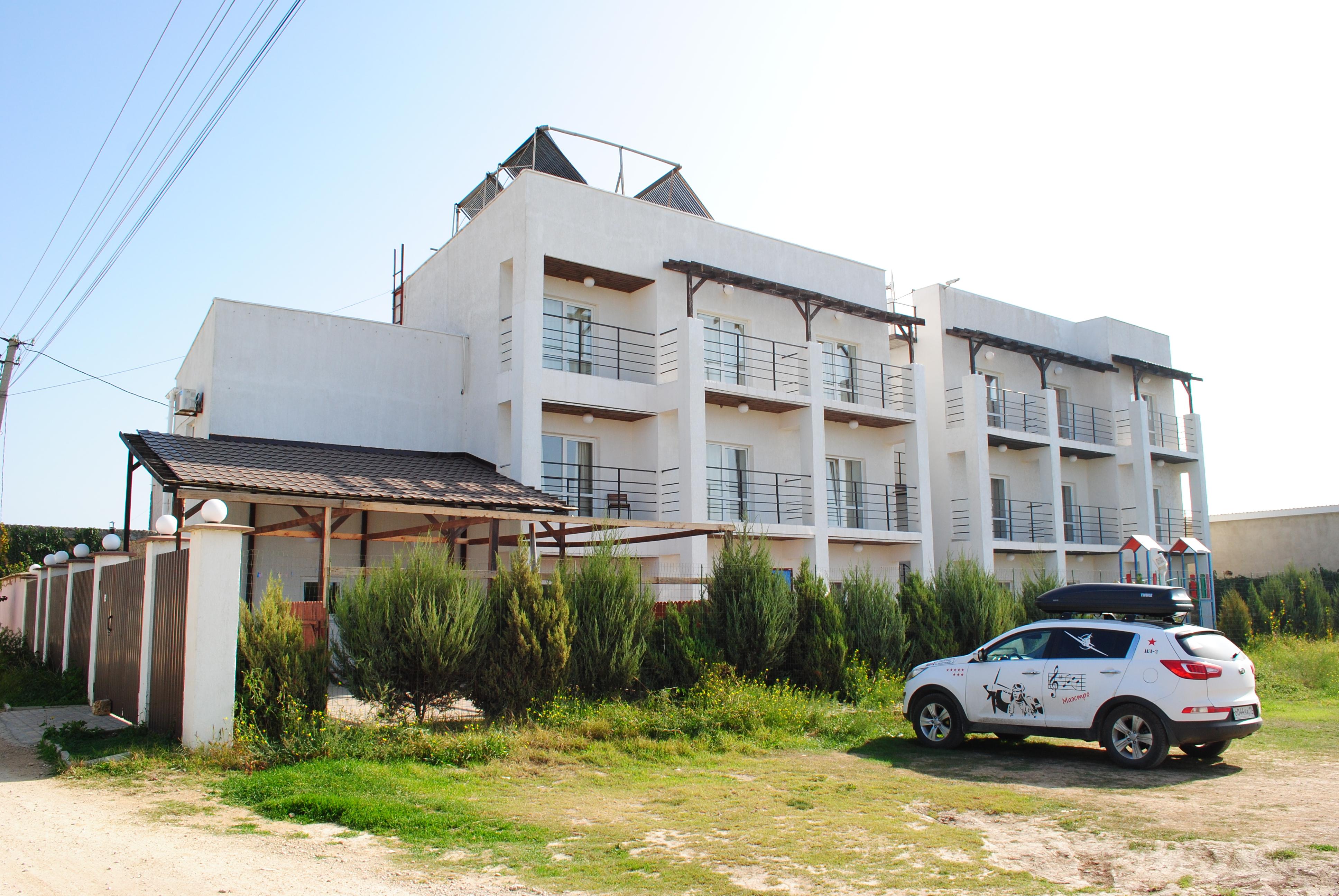 Отель Пират (пгт.Заозерное | Крым)